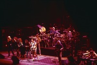 Bangles and Grateful Dead: Debbi Peterson, Michael Steele, Vicki Peterson, Susanna Hoffs, Bob Weir, Phil Lesh, Bill Kreutzmann, Jerry Garcia, Cyril Neville, Ivan Neville, Brent Mydland