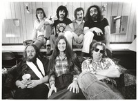 Grateful Dead: (front) Keith Godchaux, Donna Godchaux, Phil Lesh, (back) Bob Weir, Mickey Hart, Bill Kreutzmann, Jerry Garcia