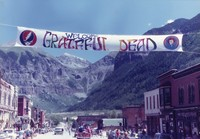 "Deadhead banner in Telluride: ""Welcome Grateful Dead"""