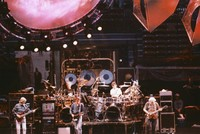 Grateful Dead at Madison Square Garden: Phil Lesh, Bill Kreutzmann, Bob Weir, Mickey Hart, Jerry Garcia