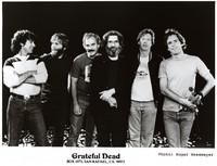 Grateful Dead publicity photograph: Mickey Hart, Brent Mydland, Bill Kreutzmann, Jerry Garcia, Phil Lesh, Bob Weir