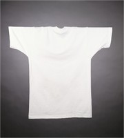T-shirt: dancing bears, white background