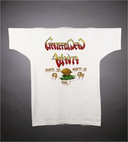 "T-shirt: ""Grateful Dead"" - peach, stealie. Back: ""Grateful Dead / Atlanta / 1994"""