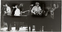 Grateful Dead: Bob Weir, Donna Godchaux, Jerry Garcia, Phil Lesh, Keith Godchaux, Bill Kreutzmann