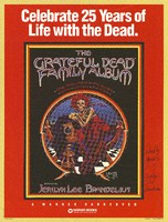 The Grateful Dead Family Album, edited by Jerilyn Lee Brandelius / Celebrate 25 Years of Life with the Dead