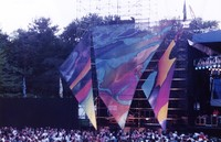 Grateful Dead at the Seattle Center Memorial Stadium: stage props and audience