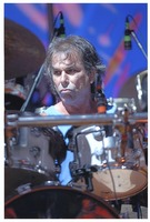 Mickey Hart performing with The Dead