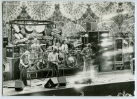 Grateful Dead: Jerry Garcia, Bill Kreutzmann, Bob Weir, Mickey Hart, Phil Lesh