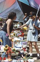 Memorial for Jerry Garcia: mourners and altar collection