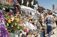 Memorial for Jerry Garcia: altar collection and mourners