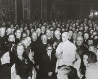 Pope Pius XII in an unidentified hall, ca. 1950s