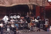 Grateful Dead: Phil Lesh, Bill Kreutzmann, Bob Weir, Mickey Hart, Jerry Garcia, Brent Mydland