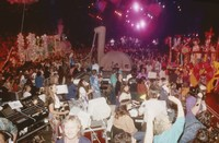 Grateful Dead Mardi Gras: unidentified crew members and Deadheads