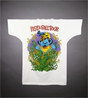 "T-shirt: ""Grateful Dead / Fall Tour"" - country bears, barn, guitar. Back: ""Rise & Fall Tour"" - bear, skeleton corn"