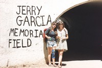Memorial for Jerry Garcia: Deadheads