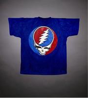 T-shirt: Stealie insignia. Back: stealie