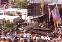 Grateful Dead: crew members setting up the equipment