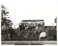 Grateful Dead during Brent Mydland's first show: Bob Weir, Jerry Garcia, Bill Kreutzmann, Phil Lesh, Mickey Hart, Brent Mydland