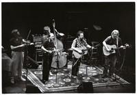 Jerry Garcia Band at the Lunt-Fontanne Theatre: Kenny Kosek, Sandy Rothman, John Kahn, David Nelson, Jerry Garcia