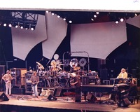 Grateful Dead: Phil Lesh, Bob Weir, Bill Kreutzmann, Mickey Hart, Jerry Garcia, Vince Welnick, Bruce Hornsby