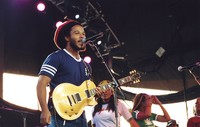 Ziggy Marley and the Melody Makers: Ziggy Marley, with Sharon and Cedella Marley in the background