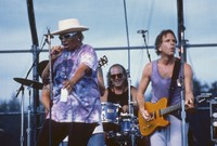 Bob Weir, with Harvey Sorgen on drums and an unidentified female vocalist